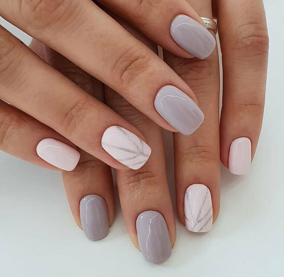 8 Simple Nail Design Ideas That Are Actually Easy  Short acrylic