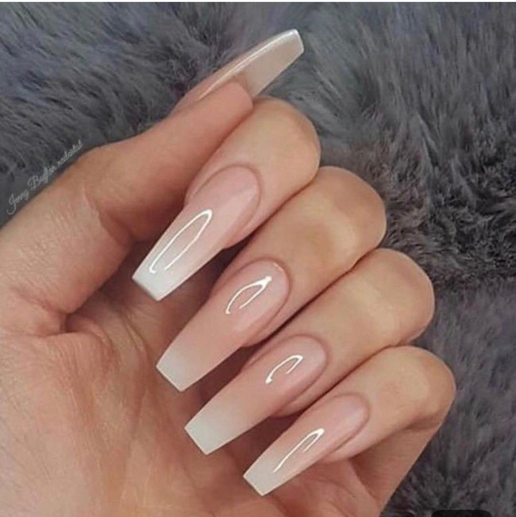 Discovered by Rand. Find images and videos about nails, hand and
