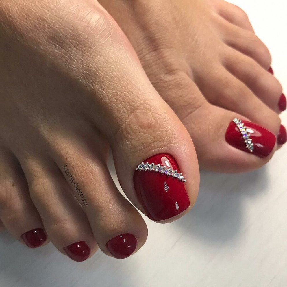 Toe nail colors amazing designs red rhinestone accent glitter  - Gel Toes Ideas