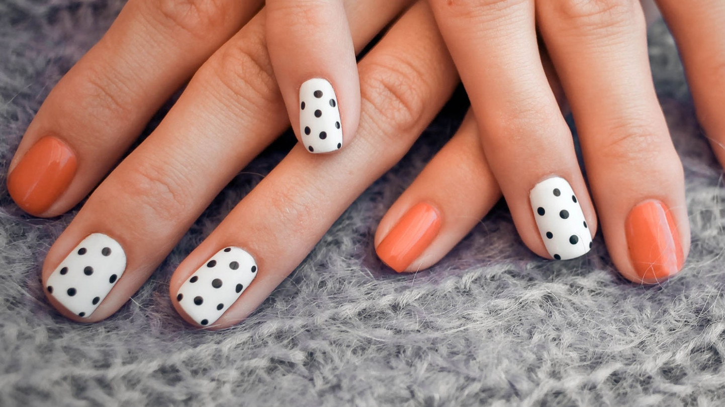 10 Best Fall Nail Designs for 10  Teen Vogue