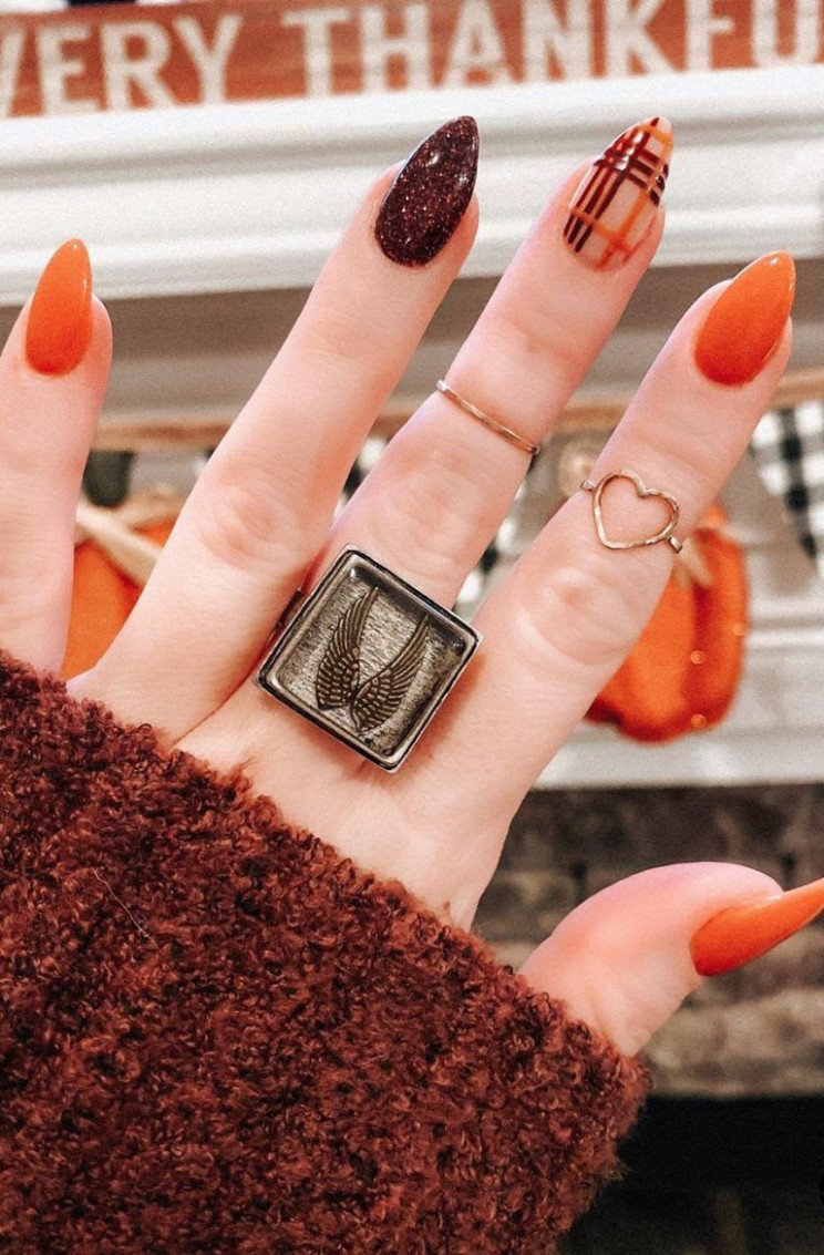 12 Must Try Fall Nail Designs And Ideas 12! - Page 12 of 12  - Fall Nail Ideas 2020