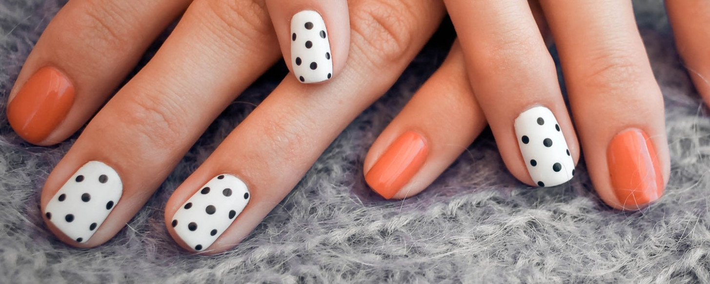 8 Best Fall Nail Designs for 8  Teen Vogue