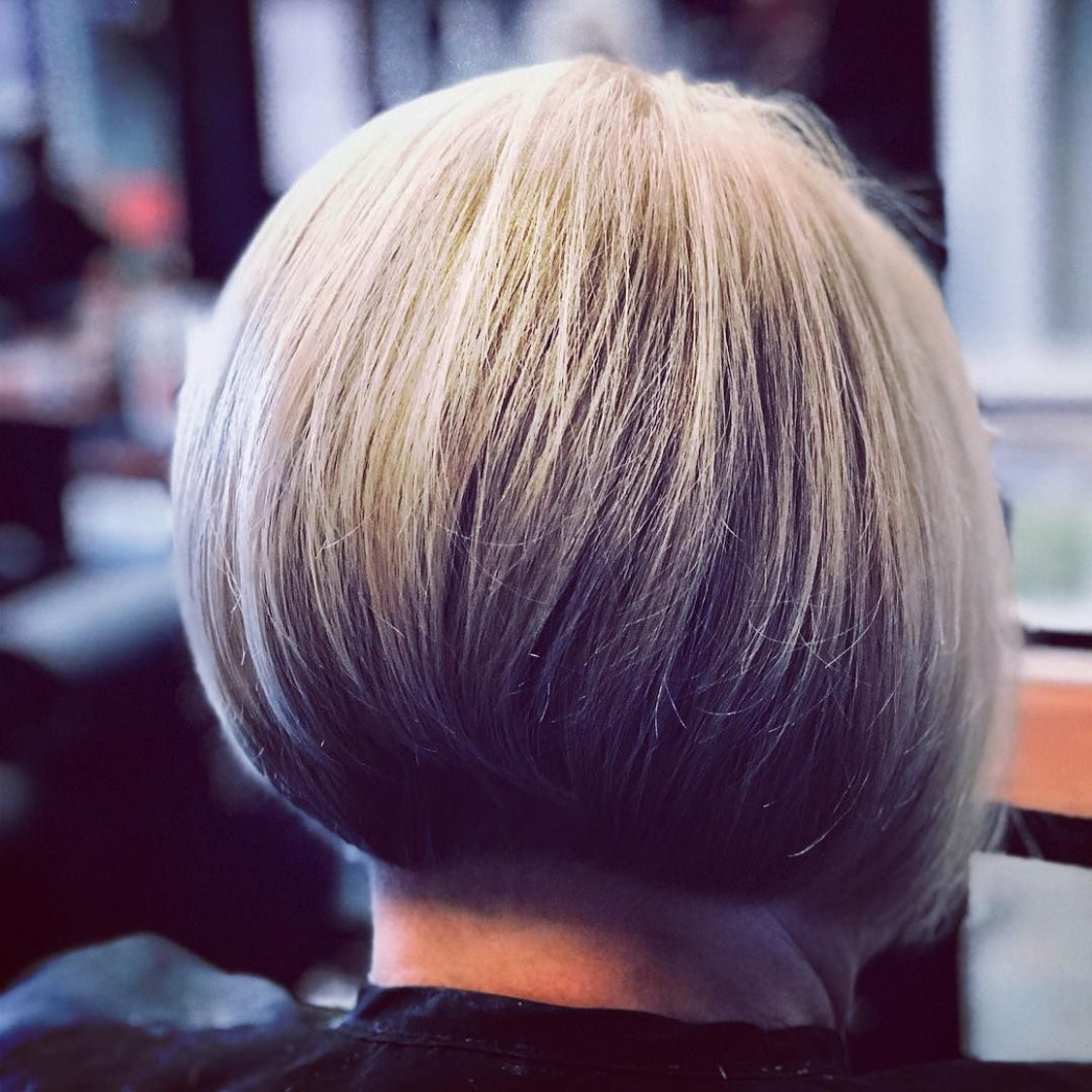 8 Super-Hot Stacked Bob Haircuts: Short Hairstyles for