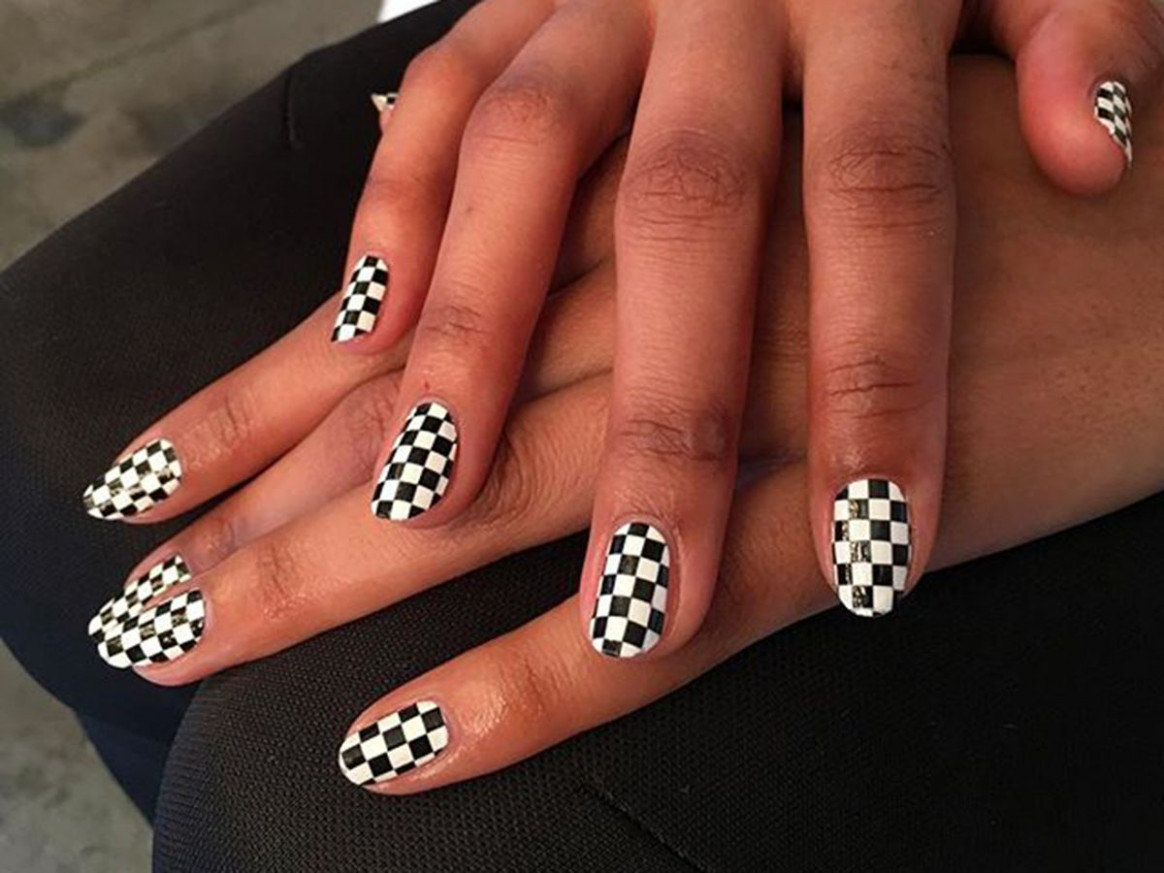 9 Cool Black-and-White Nail Designs