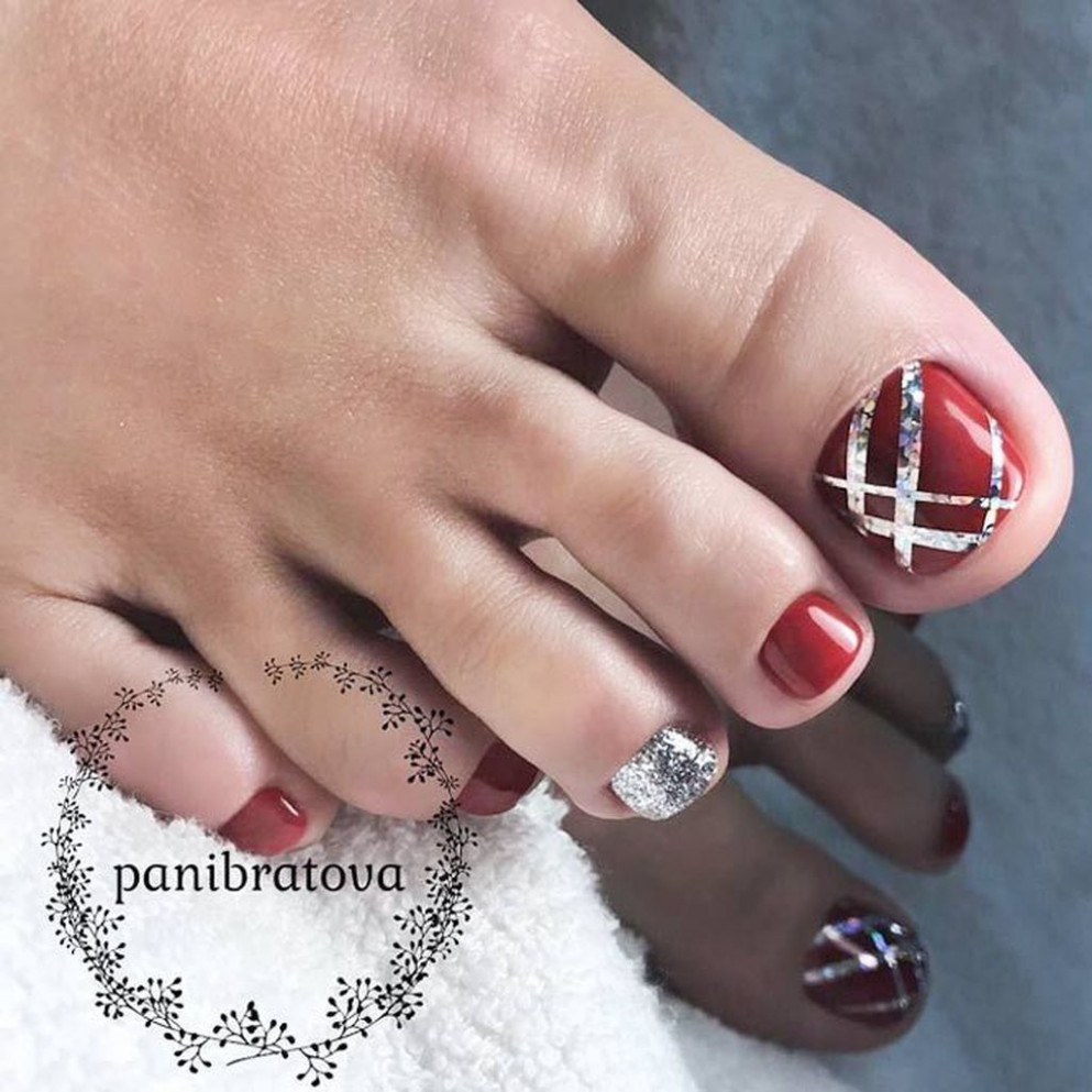 awesome 11 Totally Cool Valentines Day Toe Nails Designs Ideas