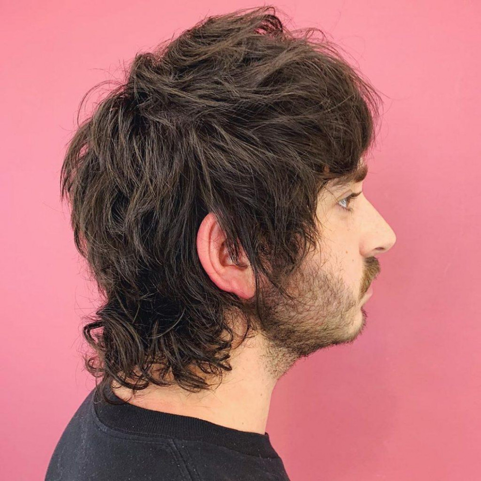 How to Grow a Mullet Haircut & 8 Ways to Wear It (8 Update)