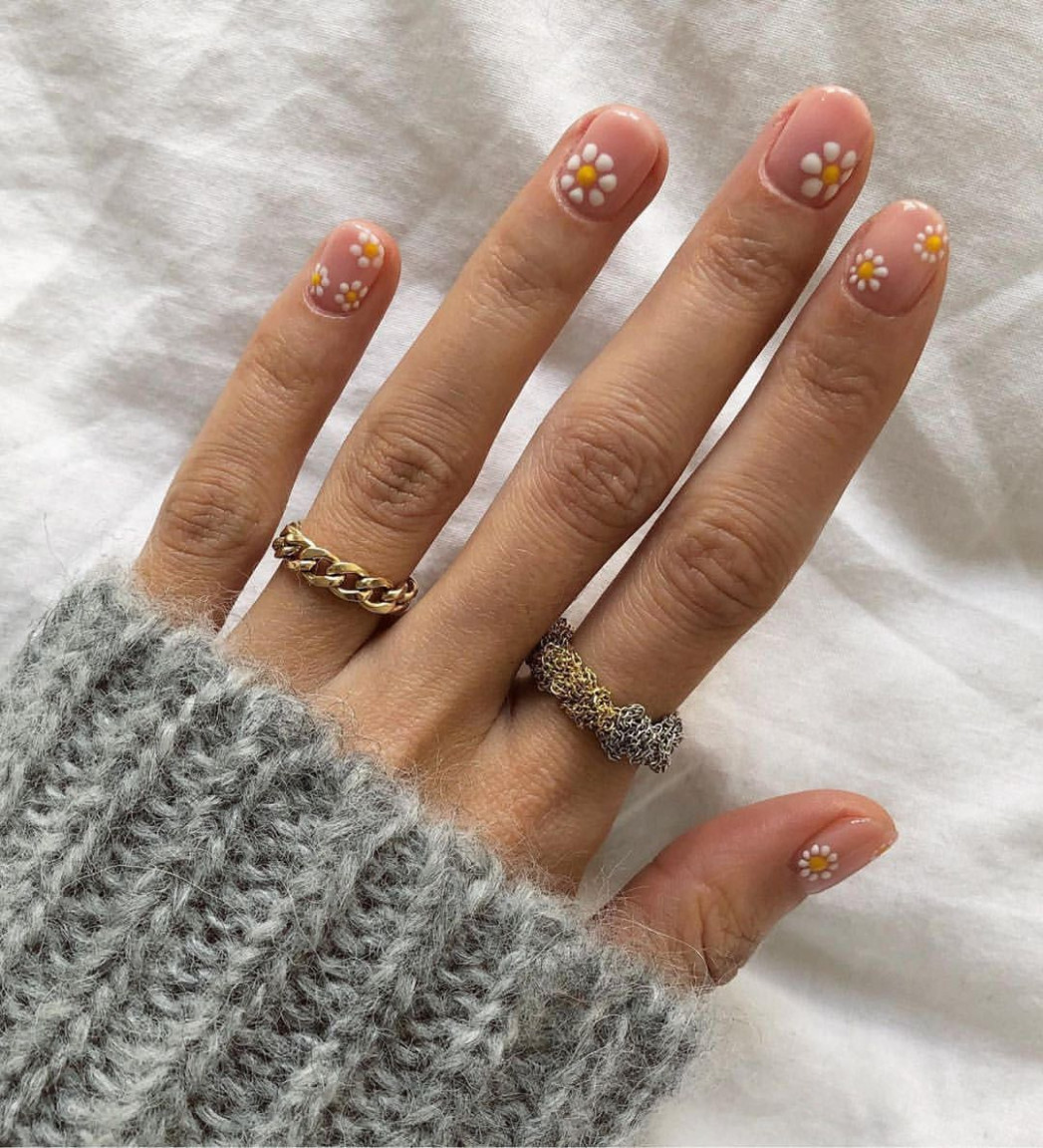 The March 10 nail trends to bookmark for your next mani — link