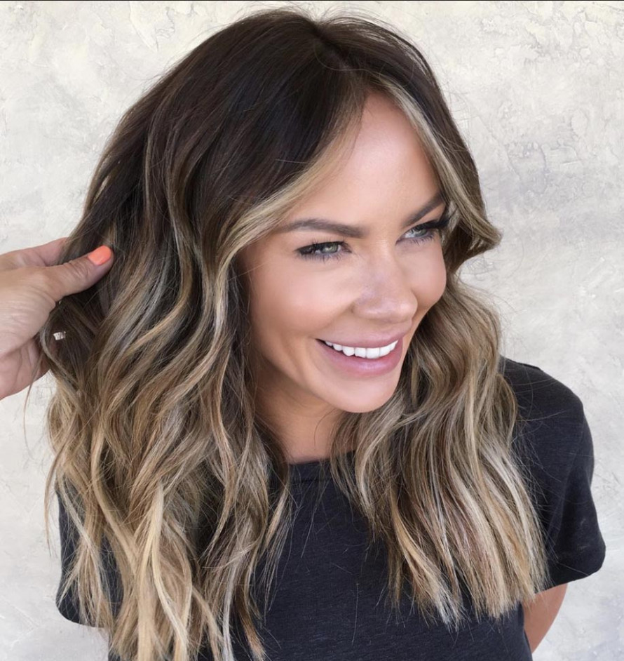 The Most Flattering Medium-Length Brown Hairstyles To Try in 12  - Shoulder Length Hair