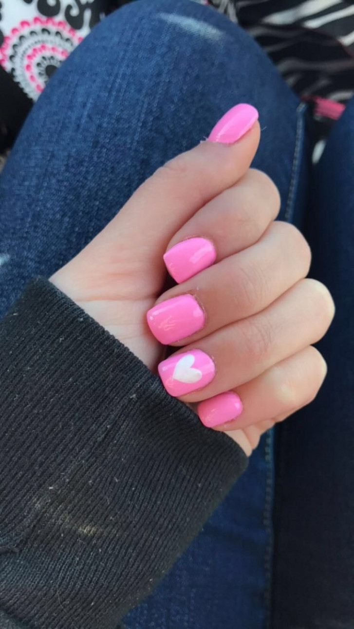 Valentine's Day nails/ February nails ideas/ pink nails with heart