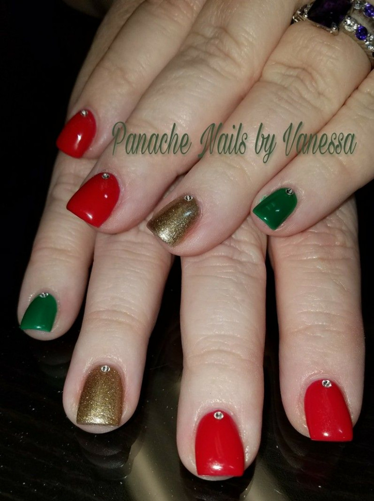 Simple Christmas Nails. Red, Green, and Gold solid short acrylic