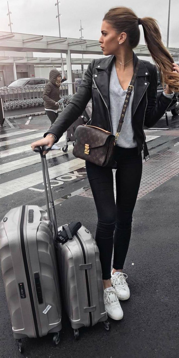 Travel Outfits Airport style: How To Look Fashionable During