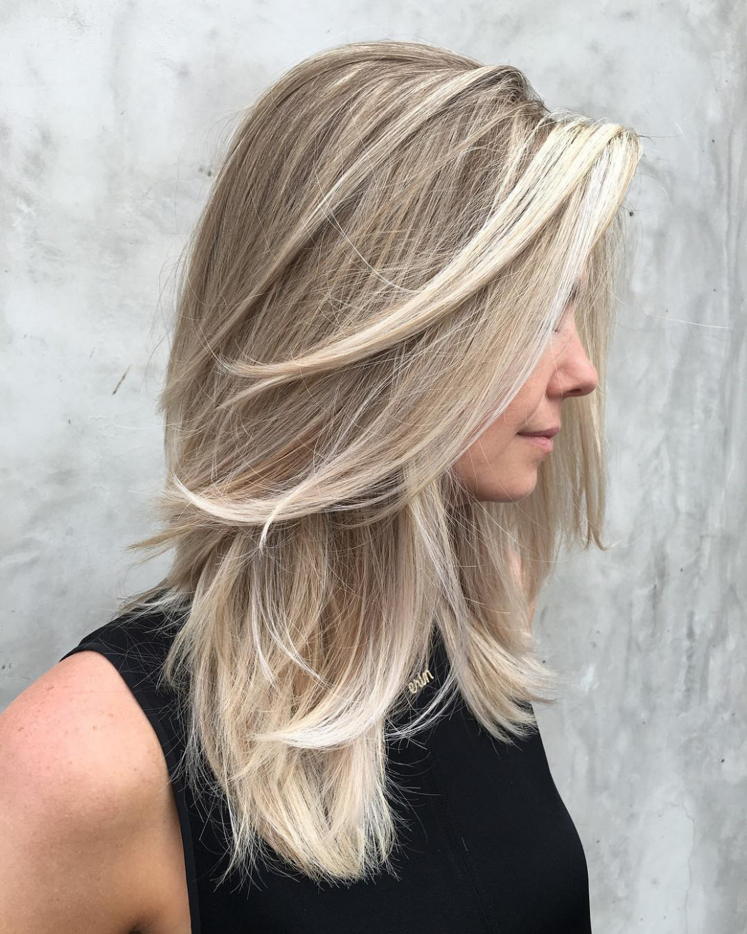 9 Beautiful Blonde Hairstyles to Play Around With