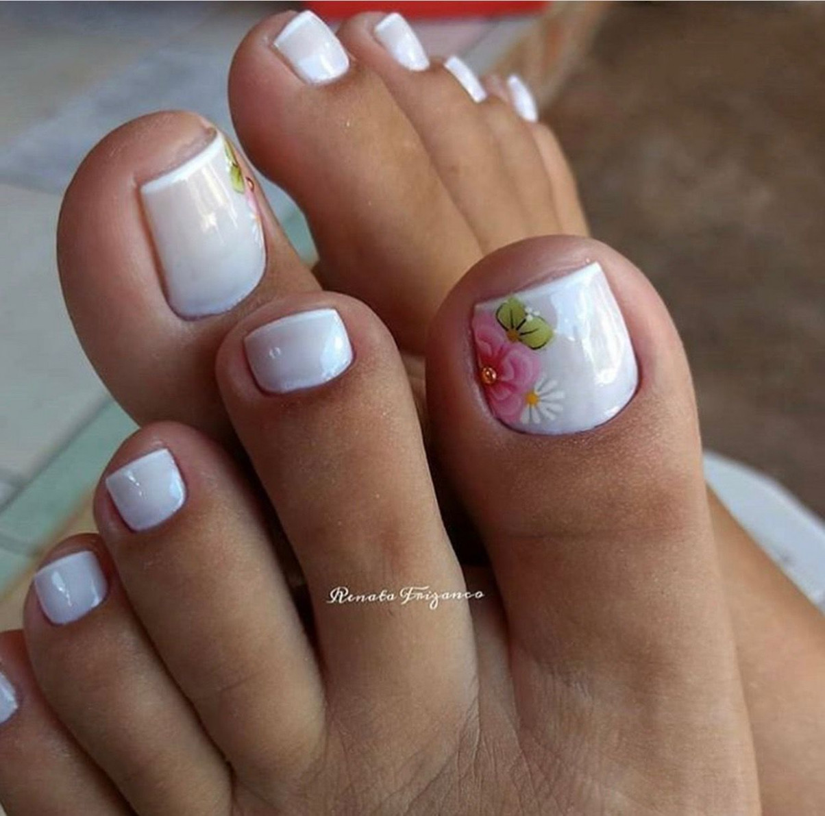 So cute and very spring and summer.  Summer toe nails, Pedicure