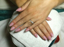 Top 10 Luxury Almond Shaped Nails